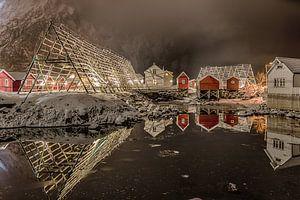 Svolvaer in de avond (Noorwegen)