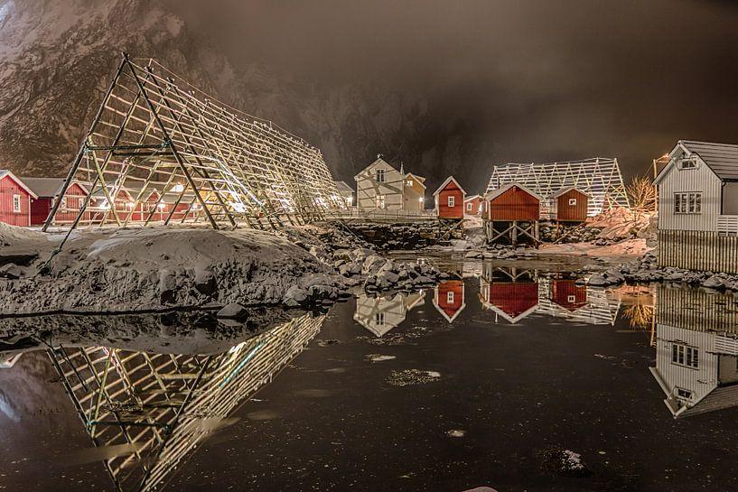 Svolvaer in de avond (Noorwegen) van Riccardo van Iersel