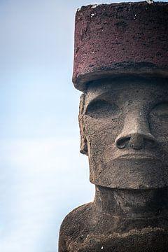Paaseiland Moai close-up van Jelmer Laernoes