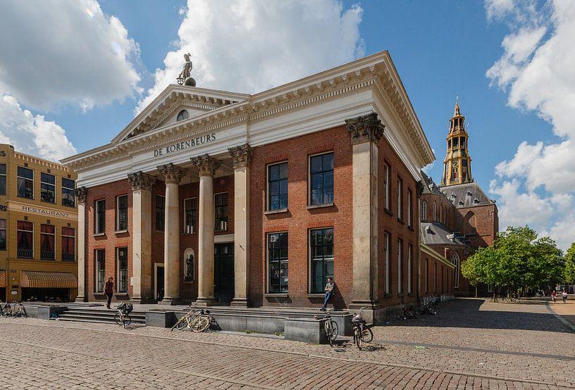 Korenbeurs in Groningen stad op de Vismarkt. Nederland van Martin Stevens
