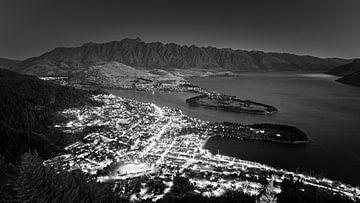 Uitzicht over Queenstown, Nieuw-Zeeland van Henk Meijer Photography