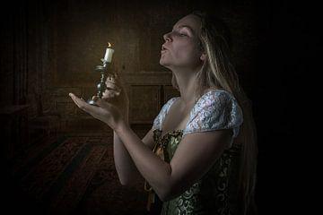 Meisje met de kaars van Manon Moller Fotografie