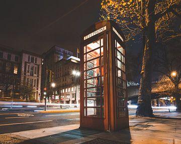 Telefonzelle London von Arno van den Heuvel