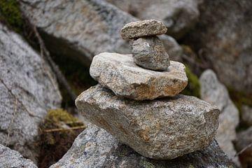 tas de pierres sur