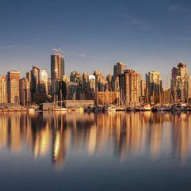 Golden sunset in Vancouver sur Ilya Korzelius