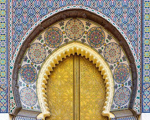Detail deur van het koninklijk paleis in Fes, Marokko