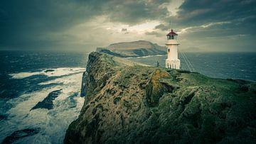 Leuchtturm auf den Färöer Inseln von Denis Feiner