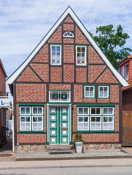 Altstadt mit Fachwerkhaus, Luebeck-Travemuende, Schleswig-Holstein, Deutschland, Europa von Torsten Krüger
