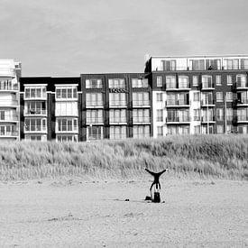 Yoga op het strand van zippora wiese