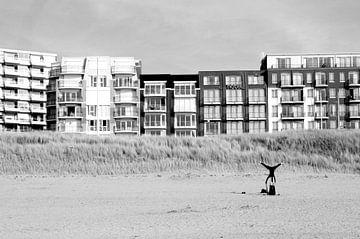 Yoga op het strand von zippora wiese