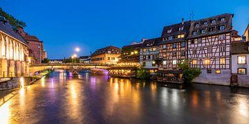 La Petite France in Straatsburg bij nacht van Werner Dieterich
