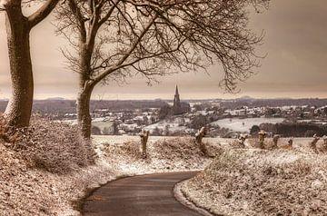 Kerkdorp Vijlen in de sneeuw von John Kreukniet