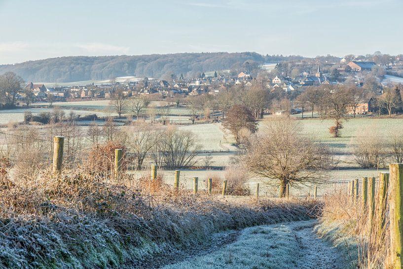 Winters landschap in Zuid-Limburg van John Kreukniet