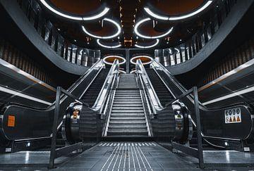 Pannenhuis metrostation in Brussels von vedar cvetanovic