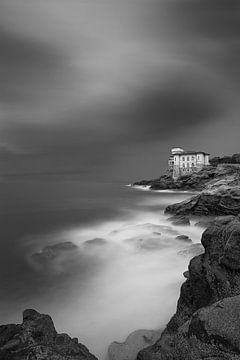 Italiaanse kust I zwart wit van Leo van Valkenburg