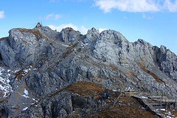 tempel in de bergen van stefan van hulten