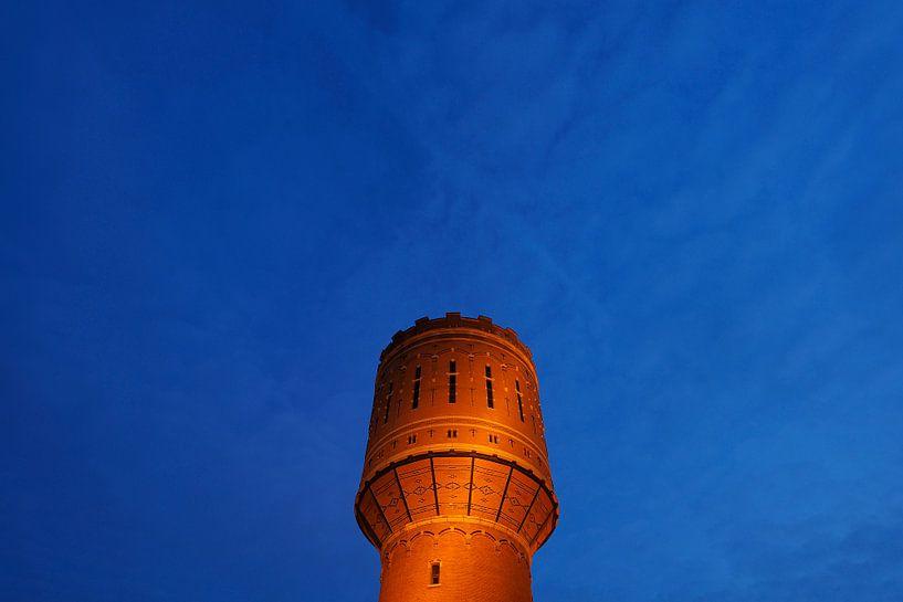 De watertoren Heuveloord in Utrecht van Donker Utrecht
