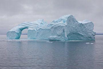 IJsberg met een twist van Frits Hendriks