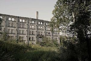Ruine des Lagergebäudes des Böllberger Mühlen-Komplexes in Halle in Deutschland