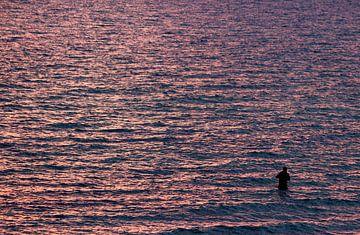 Der Angler im Meer van Heike Hultsch