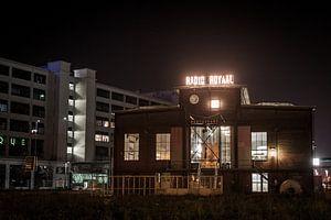 Studio Royal by night