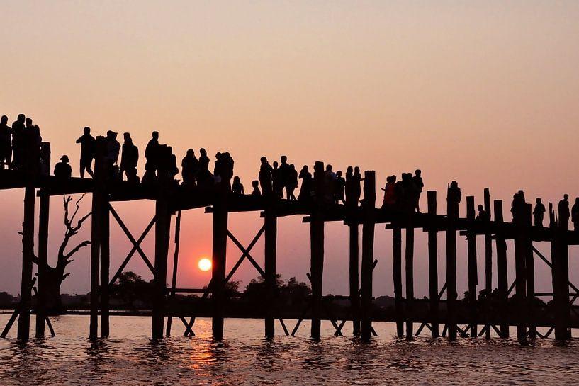 Wandelen bij zonsondergang van Affect Fotografie