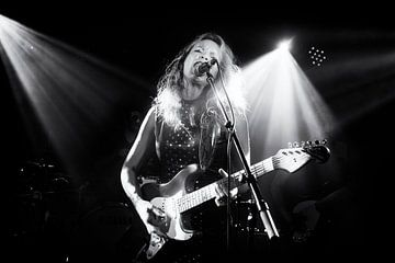 Gitariste Ana Popovic in concert sur Friso Kooijman