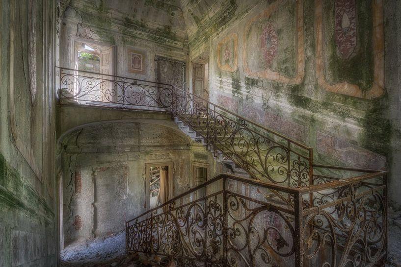 Stairs up, Stairs down van Wim van de Water