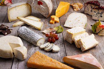 Gezelligheid met diverse soorten kaas van Henny Brouwers