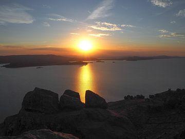 Sonnenuntergang im Wasser von Sanne van der Stoel