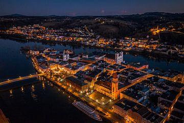 Stadt Passau an der Donau bei Nacht von Thilo Wagner