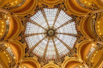 Plafond van Galeries Lafayette Paris van Kelly van den Brande