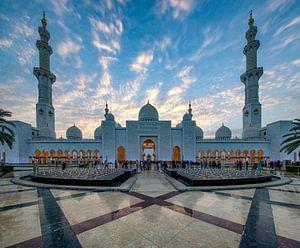 Sheikh Zayed Mosque bij zonsondergang