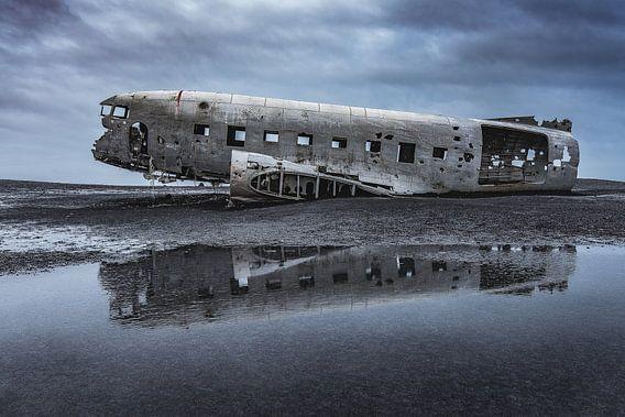 Abandoned DC3 wreckage (1) von Andreas Jansen