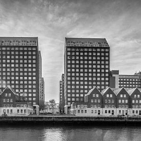 Wonen aan de  S. van Ravesteynkade in Rotterdam - (Zwartwit versie) van Tony Buijse