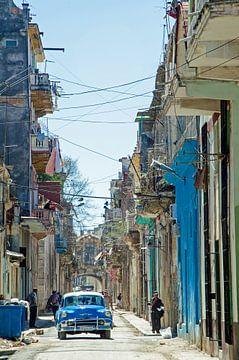 Stadsgezicht Cuba oldtimers van Ellinor Creation