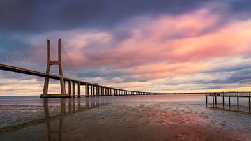 Vasco-da-Gama-Brücke von Adelheid Smitt