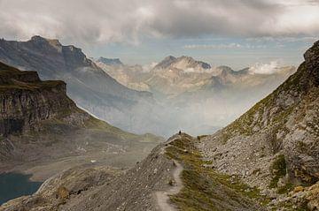 Descente à Kandersteg depuis la Bluemlisalphuette sur Sean Vos