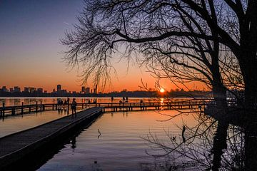 Sonnenuntergang über See Silhouette