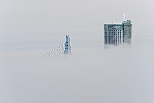 Erasmusbrug en Maastoren | Mist Rotterdam