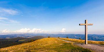 Uitzicht vanaf de Belchen in het Zwarte Woud over het Hochschwarzwald (Zwarte Woud) van Werner Dieterich