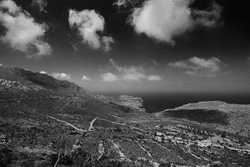 Land- und Seelandschaft auf Karpathos, Griechenland von Peter Baak