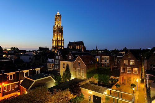 Het centrum van Utrecht met de Domtoren en de Domkerk von Donker Utrecht