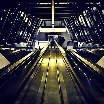 Het station op vliegveld Hannover van SPOOR Spoor