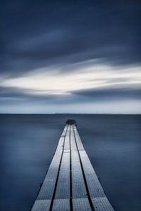 Verwunschener Steg am Meer