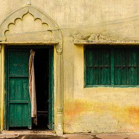 Geveltje in Orccha, India van Theo Molenaar
