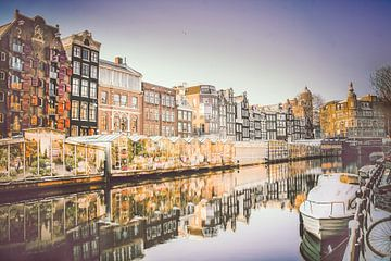 Bloemenmarkt Amsterdam in de winter van Heleen van de Ven
