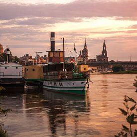 Dresden am Abend von Sergej Nickel