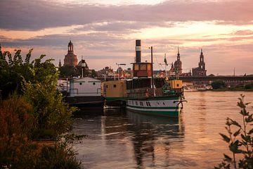 Dresden in de avond van Sergej Nickel