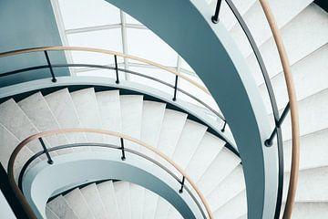 Modernes Treppenhaus von Karlijne Geudens